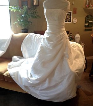 David's Bridal wedding dress size 8 for Sale in Deltona, FL