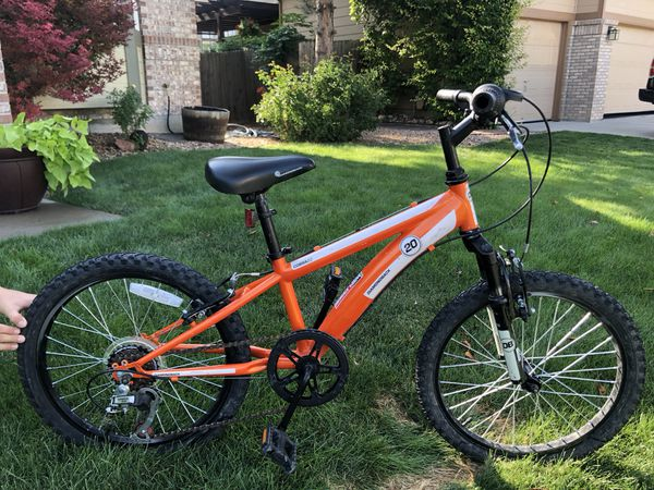 14f67c4e957 Boys Diamondback Cobra 20 Bike for Sale in Broomfield, CO - OfferUp