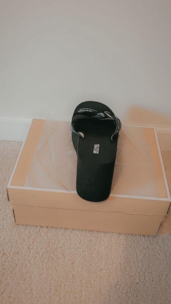 Authentic Michael Kors Sandals For Women Size 9