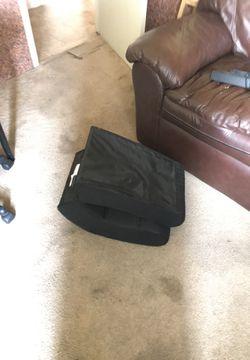 Foldable gaming chair Thumbnail