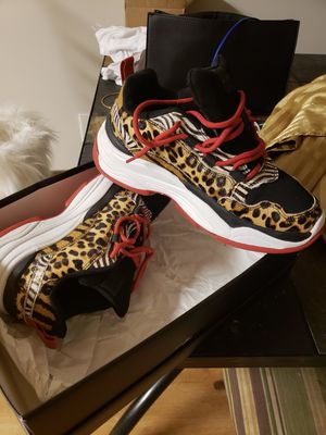 Leaped print sneakers worn once for Sale in Alexandria, VA