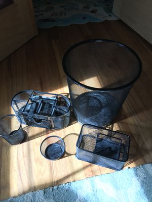Black metal desk organizer, accessories and trash can set for Sale in Buford, GA