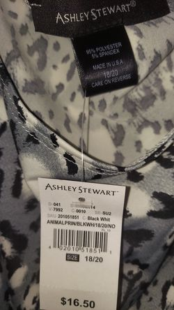New tags Ashley Stewart gray leopard print tank top Thumbnail