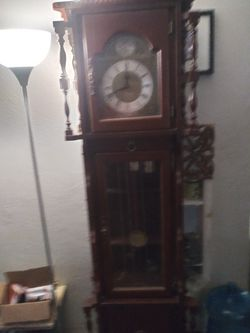 Vintage Emperor Grandfather clock with Bei Heinz Jaust movement Thumbnail