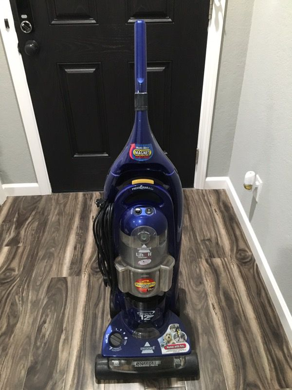 Bissell Lift Off Pet Vacuum Model 3760 2 For Sale In San