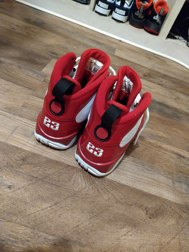 Gym Red 11
