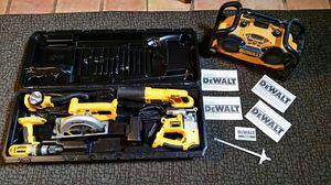 Dewalt 18 volt 5 piece combo for Sale in Umatilla, FL