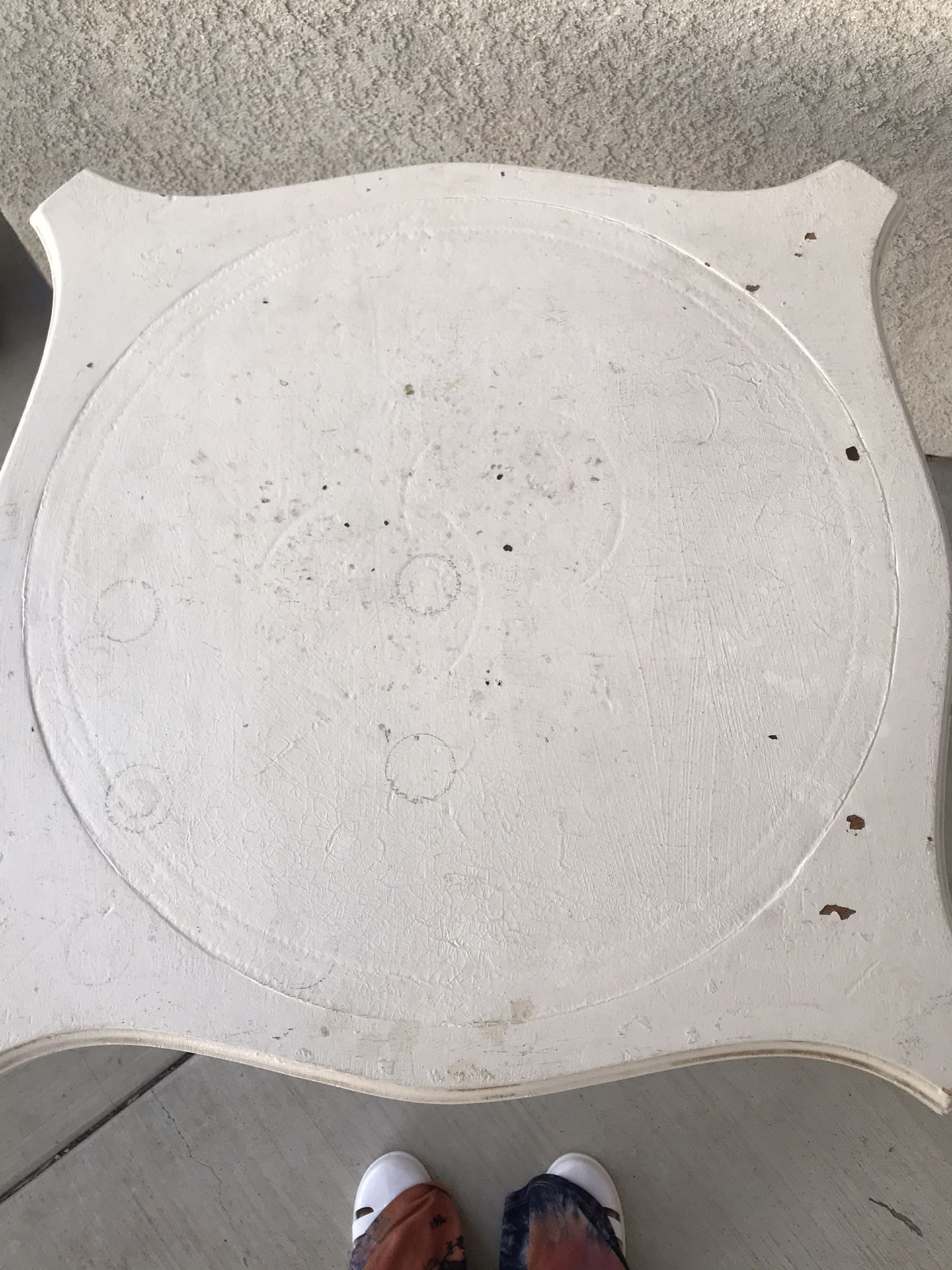 Vintage White wood table