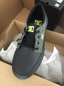 Dc shoes size 5 kids Thumbnail