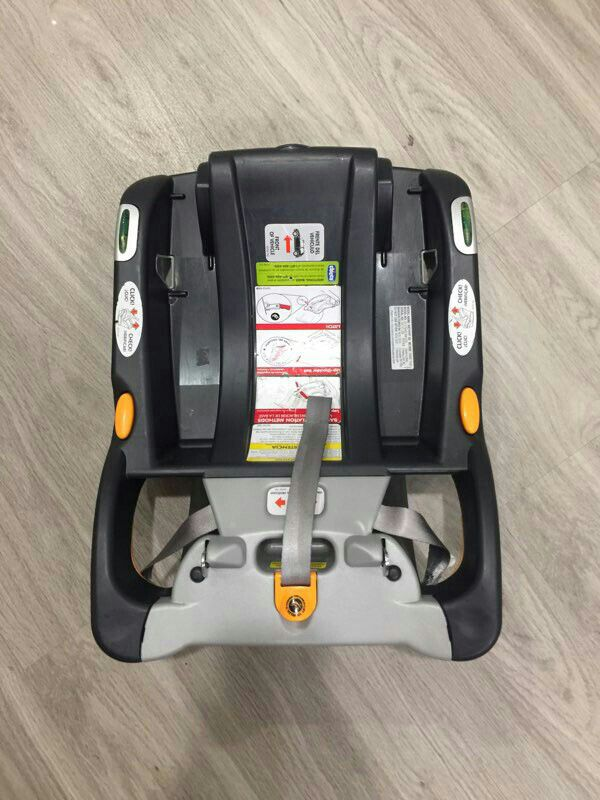 Chicco Keyfit 30 Car seat, Car seat base, and Stroller frame (Baby ...