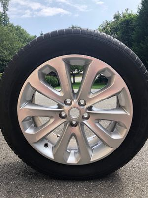 Brand new never been on the road Range Rover/land rover tires and rims . $3000 pick up in Mclean Va in our garage 4 tires and rims for Sale in McLean, VA