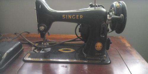 1926 singer sewing machine Thumbnail