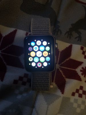 Apple Watch Series 3 42mm for Sale in Inglewood, CA