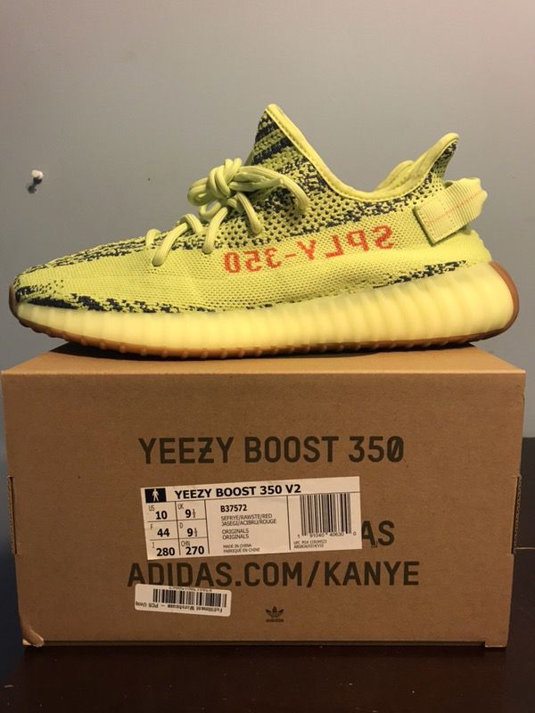 """0362222cf7c6f Yeezy Boost 350 v2 """"Semi Frozen Yellow"""" Size 10 DS for Sale in Levittown"""