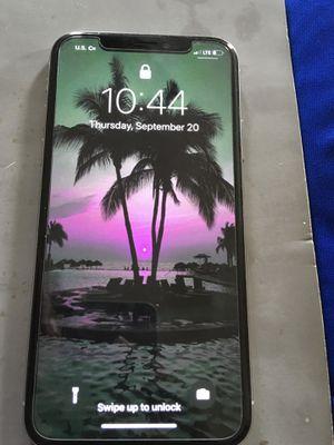 Unlocked iPhone X 64gb silver for Sale in Lynchburg, VA