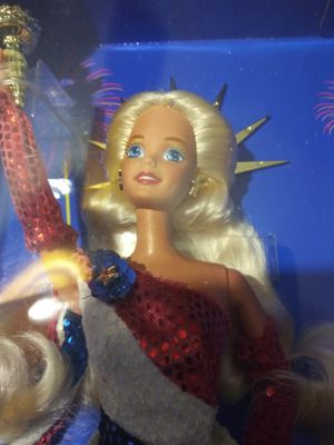 Limited Edition Statue of Liberty Barbie for Sale in Apopka, FL