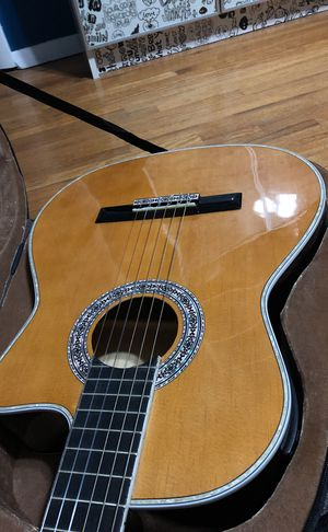 Esteban hybrid acoustic and electrical guitar and amp for Sale in MONTGOMRY VLG, MD