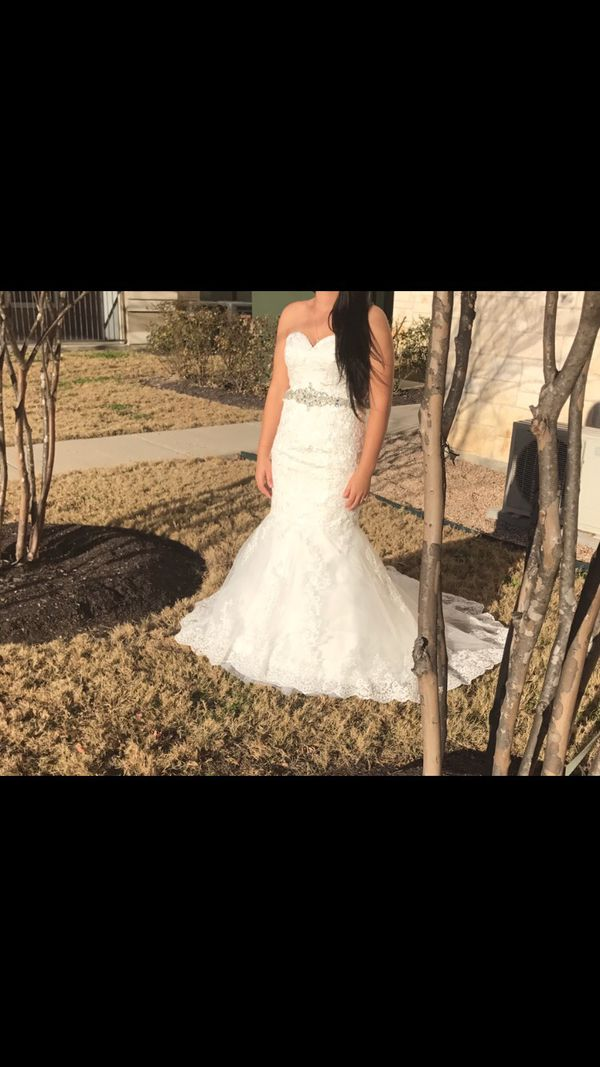 Wedding dress clothing shoes in leander tx offerup for Where can i sell my wedding dress locally