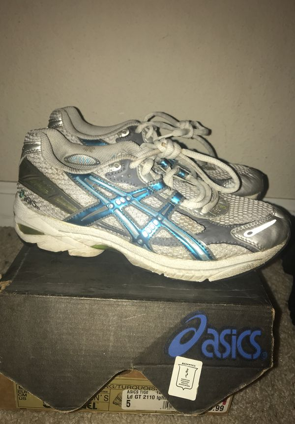 pas cher pour réduction 4e416 338e6 Women's ASICS- GT 2110 for Sale in Visalia, CA - OfferUp