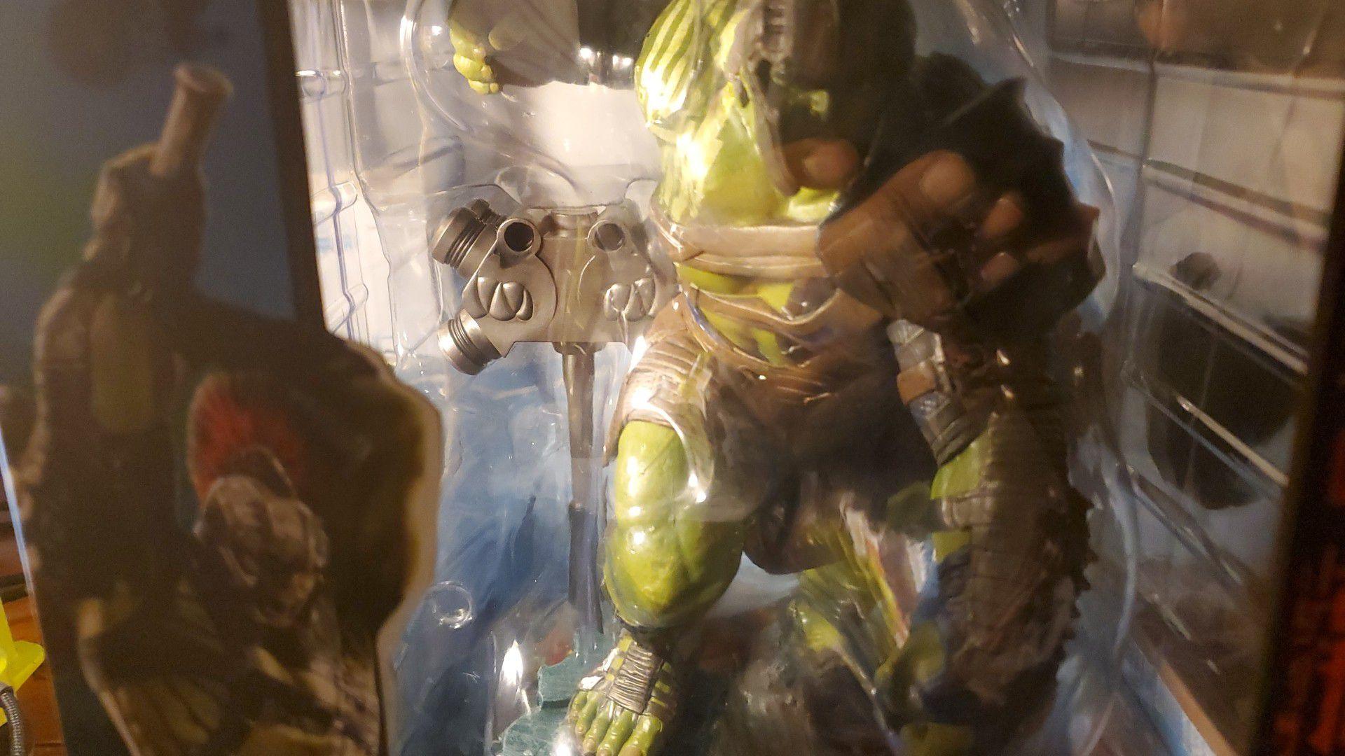 Ragnarok Gladiator Hulk statue