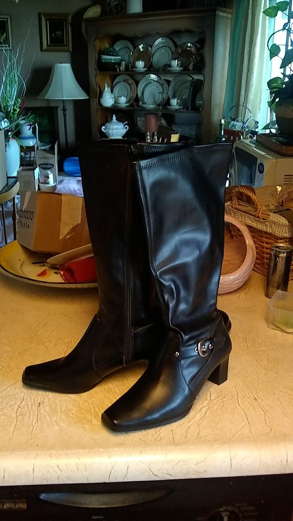 c8ed07edbff1a New and Used Black boots for Sale in Hesperia