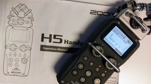 Zoom H5 Recorder w/ USB Microphone & hip case for Sale in Oakland Park, FL