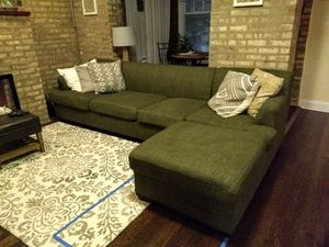 Green sectional sofa with chaise for Sale in Chicago, IL