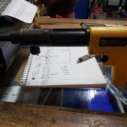 Dealt Concrete Nail Gun Thumbnail