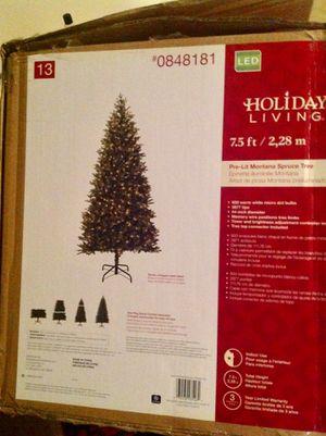 Christmas tree 7.5 ft ( pre-lit) for Sale in Alexandria, VA