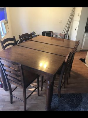 Solid Oak Dining Table W Butterfly Leaf And Solid Oak Chairs - Torrance dining table