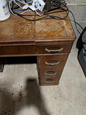 Sewing machine table for Sale in Gaithersburg, MD