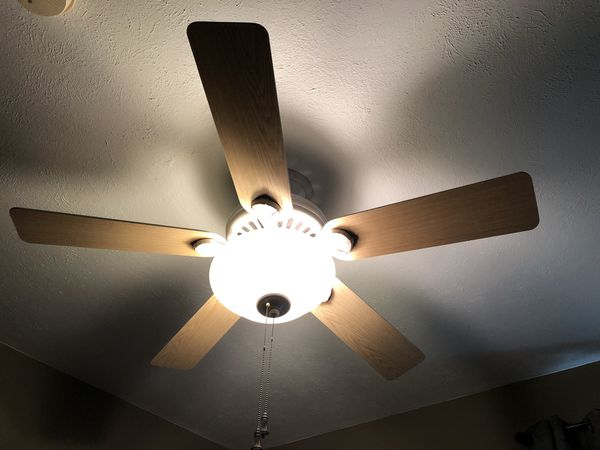 54 hunter ceiling fan with lights for sale in hurst tx offerup aloadofball Choice Image