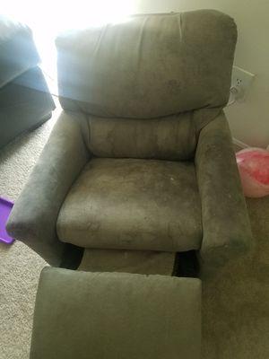 KIDS RECLINER 60 for Sale in Beltsville, MD