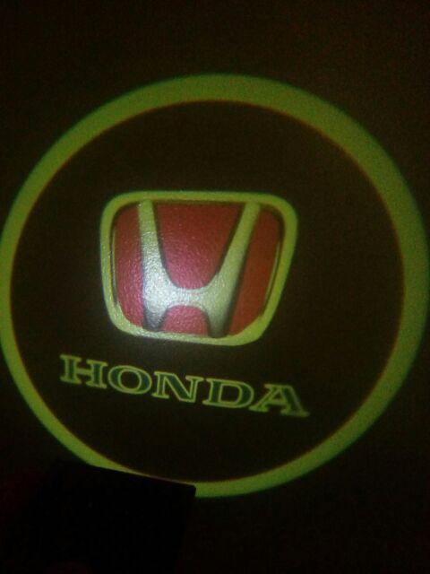 Door Honda logo!