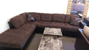 New Mallory Dark Brown Sectional for Sale in Cleveland, OH