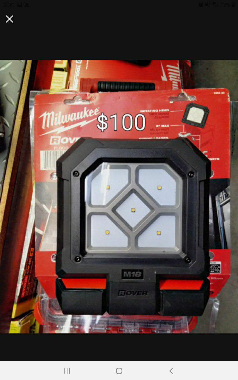 Milwaukee Rover M18 LED Mounting Flood Light (Tool-Only)