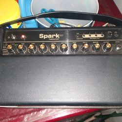 Spark Guitar Amp With Bag Thumbnail