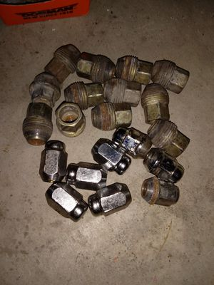 Photo Volkswagen Jetta/ beetle 20 lug nuts 5x100