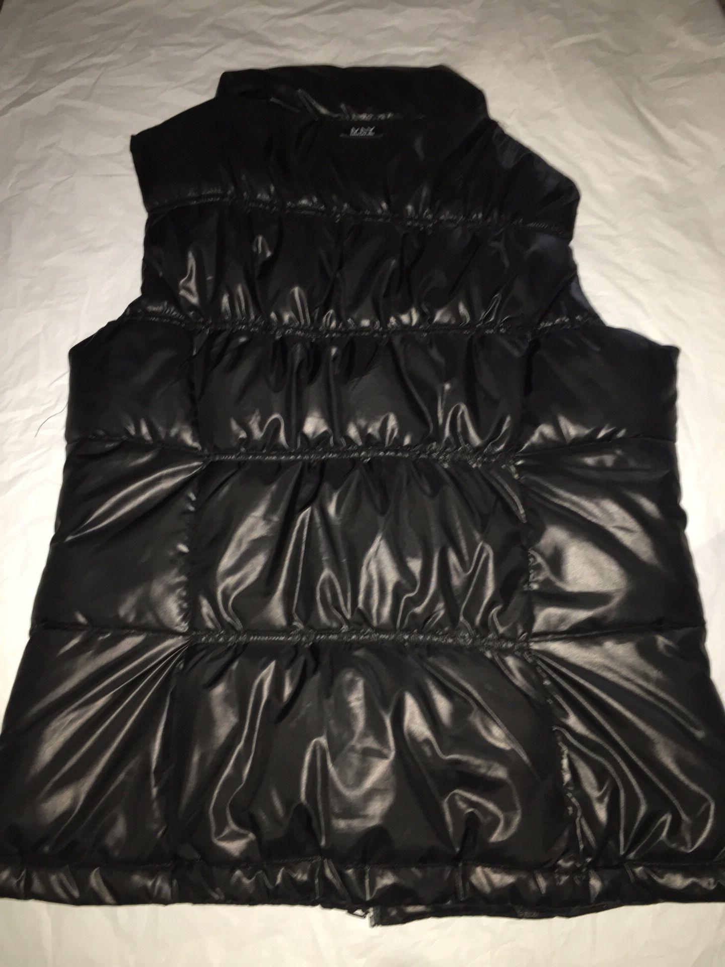 NY & Company Puffy Vest Women's Large
