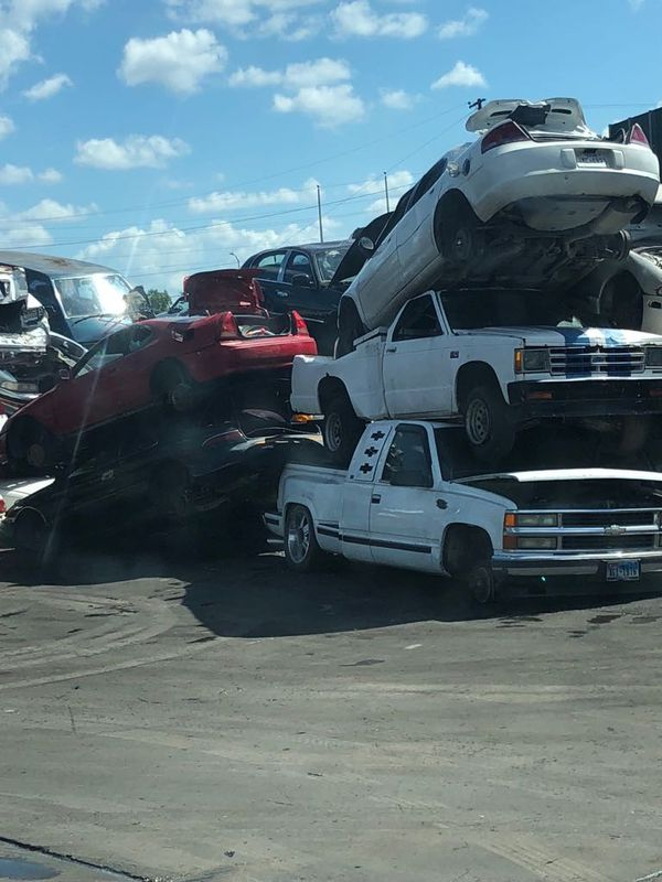 I BUY JUNK CARS and trucks ANY CONDITIONS for Sale in Houston, TX ...
