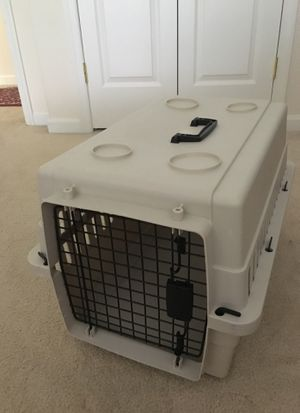 Nice medium dog kennel for Sale in Ellicott City, MD