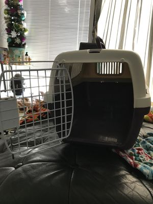 Pet Carrier for Sale in Orlando, FL