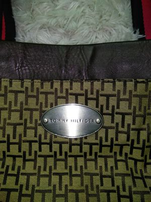 Tommy Hilfiger Bag for Sale in Springfield, VA