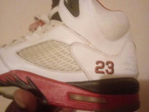 Nike air jordans retro 5 for Sale in Chesterfield, VA