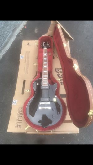 Gibson electric guitar for Sale in Washington, DC