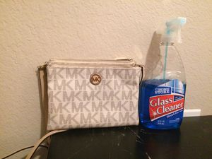 mk hand bag for Sale in Burleson, TX