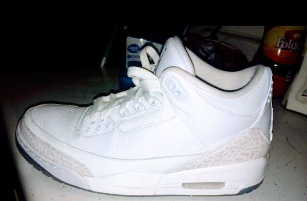 the best attitude ec865 fd7e0 Air Jordan Retro 3 triple white SZ 10 for Sale in Fresno, CA - OfferUp