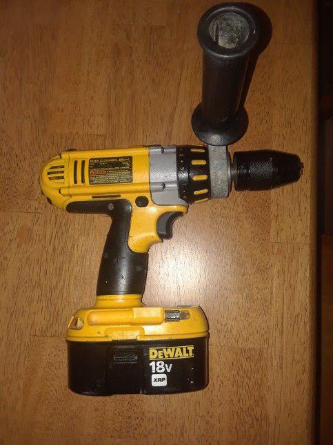 DeWalt 18 Volt DC D925 Xrp Hammer Drill With Good Battery