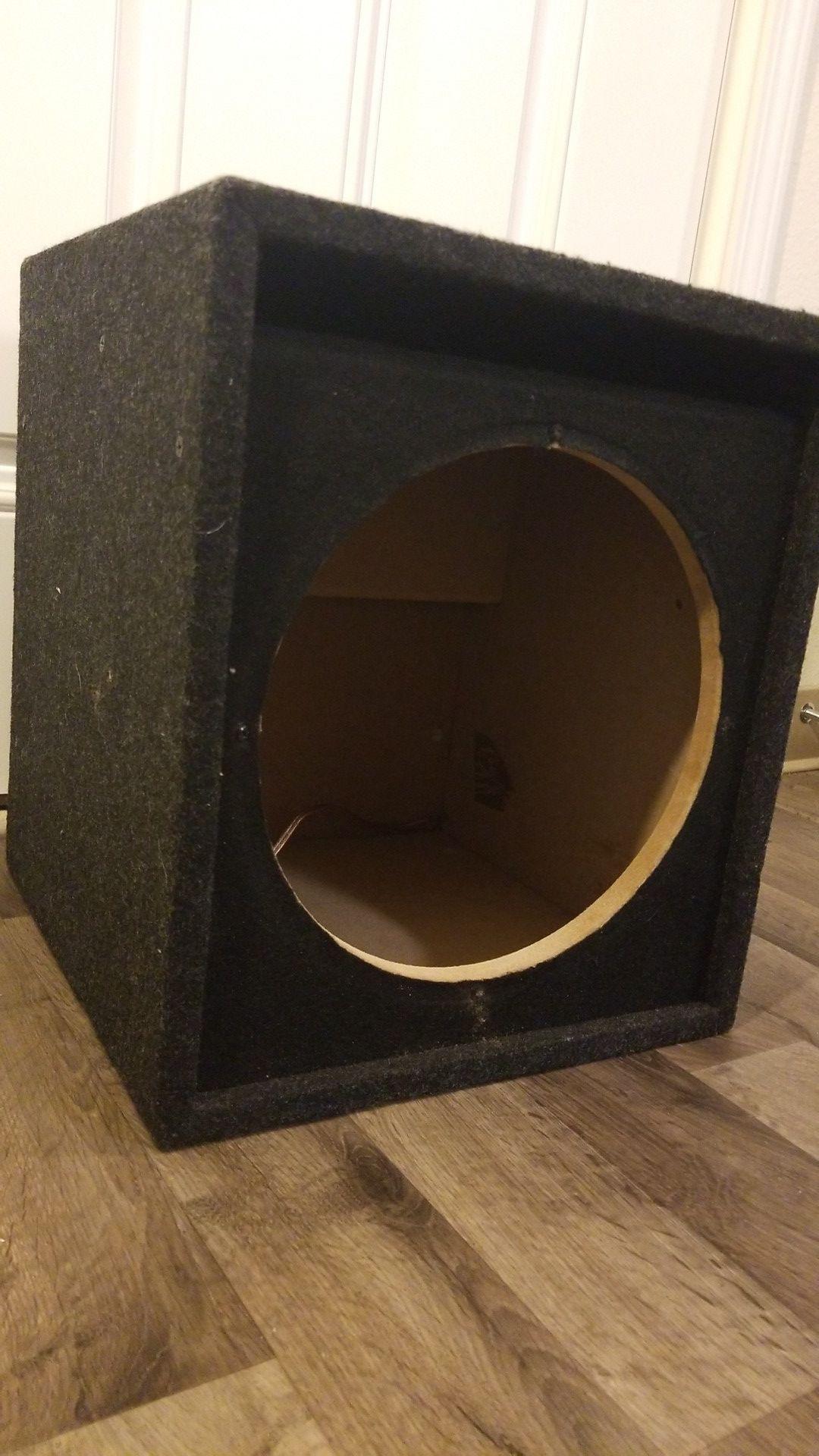 "Subwoofer box 12"""