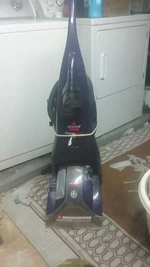 Bissell Pro Heat carpet shampooer for Sale in Frederick, MD